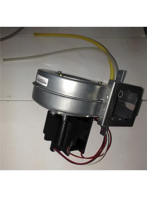 Купить Вентилятор газового котла 13-24кВт Navien Ace 30005567A (PAFA4B06201_001) в Челябинск